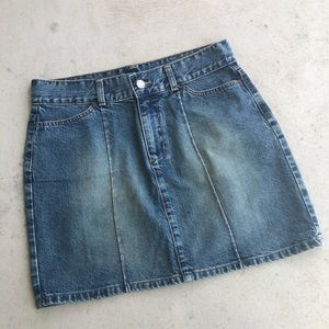 GAP •Vintage• Belle Du Jour Denim Mini Skirt